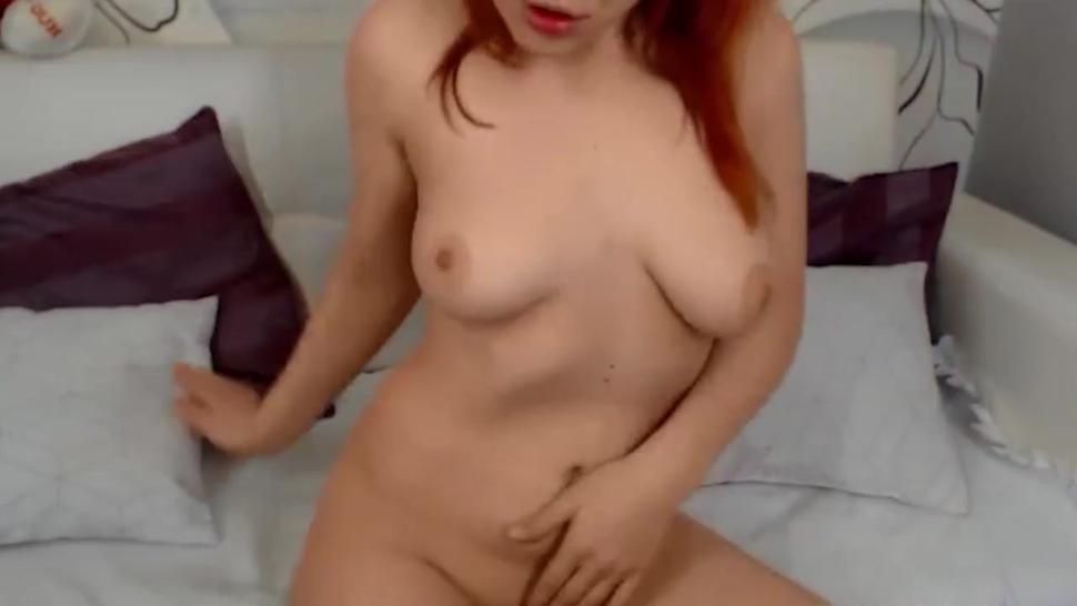 18 YO Redhead Cam Girl Solo Masturbation Cam to Cam
