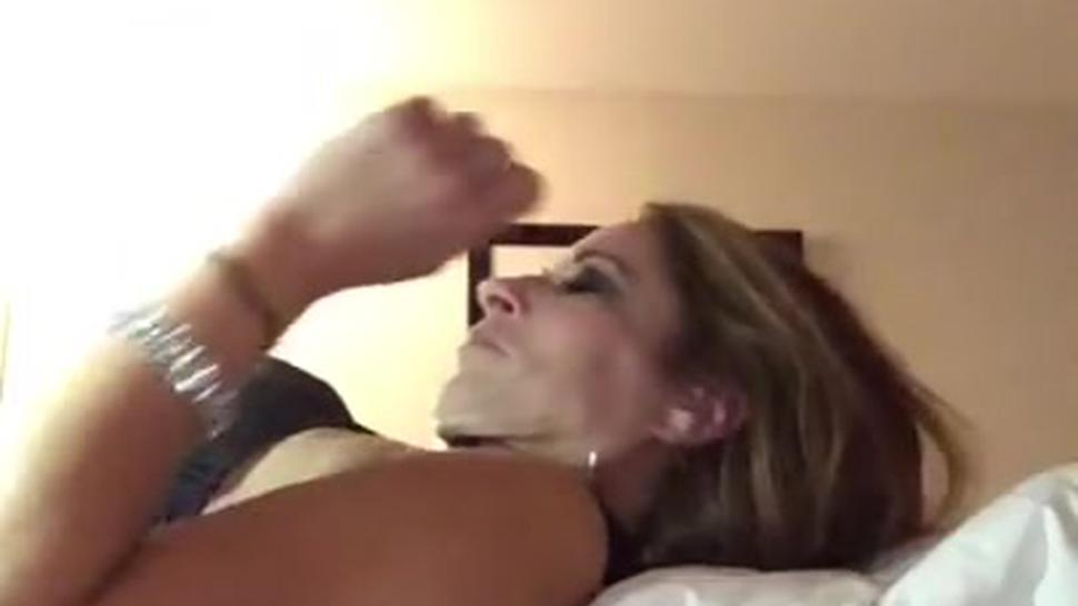 Getaway nt1 pt2: daddy eats me and gives me orgasms on fuck machine, dick riding in hotel chair