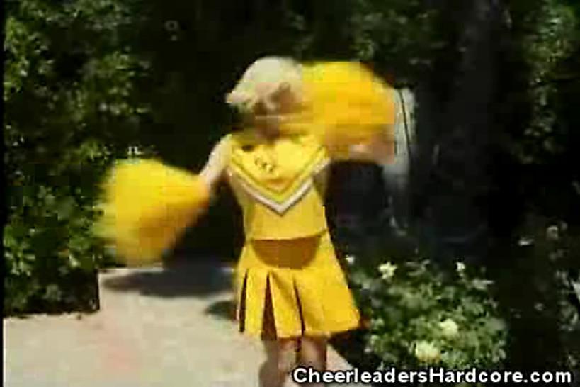 CHEERLEADERS HARDCORE - Cheerleader Sweetie Gets Laid