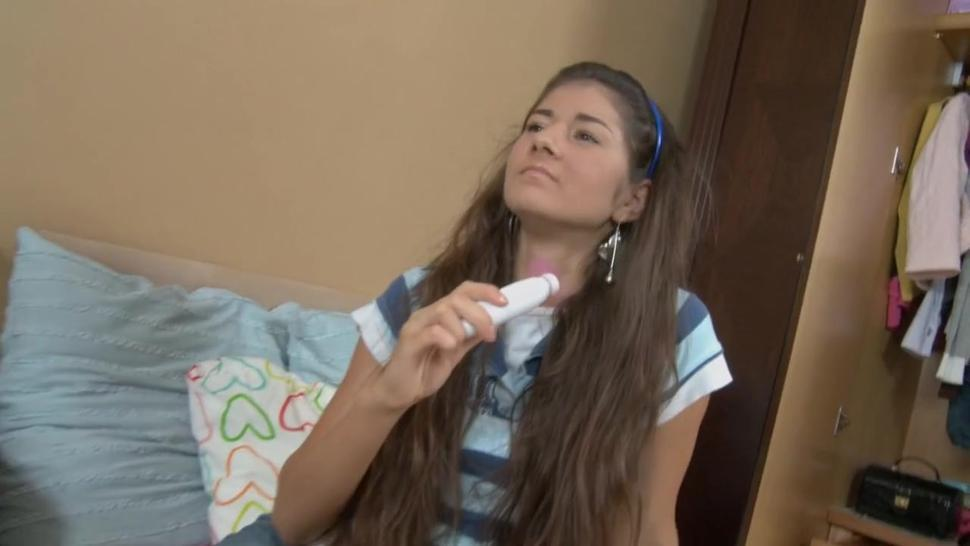 Expanded Anus Of Alluring Teen - Nessa Shine