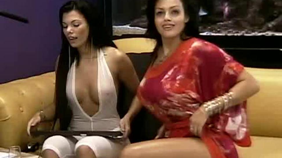Brazildreamcam 2009.05.17.1600 Fernanda Ferrari E Regina Rizzi Chat Xxx Streamrip Wm9Ultra2
