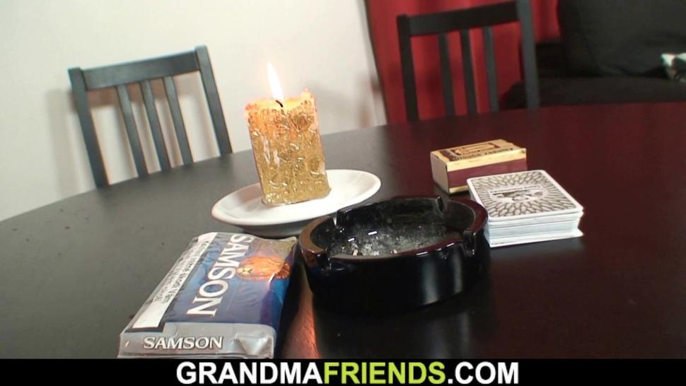GRANDMA FRIENDS - Old mature woman involved into threesome