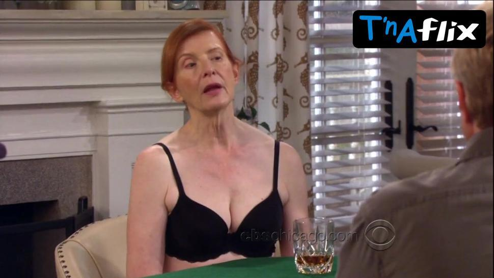 Frances Conroy Underwear Scene  In How I Met Your Mom