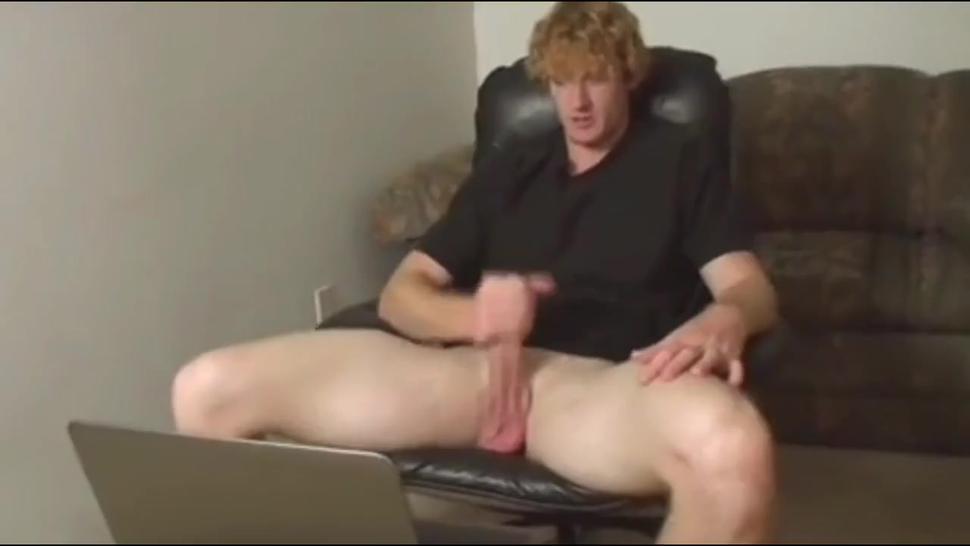 Sexy Mature Stepmom Gives Me Good Handjob