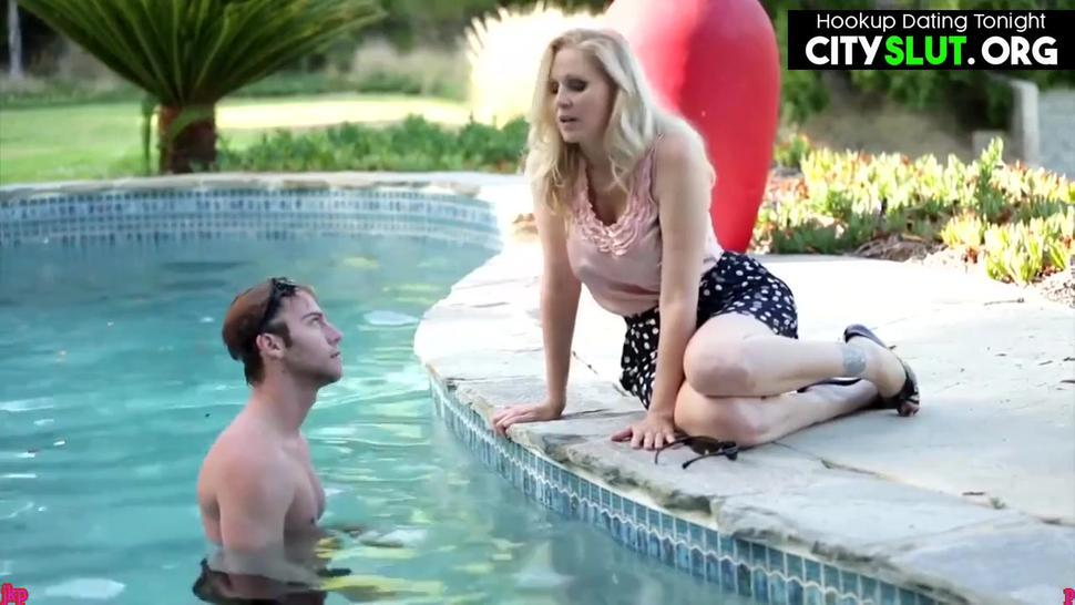 Hot American Blonde Milf Mom Julia Ann Fucking Son'S Friend