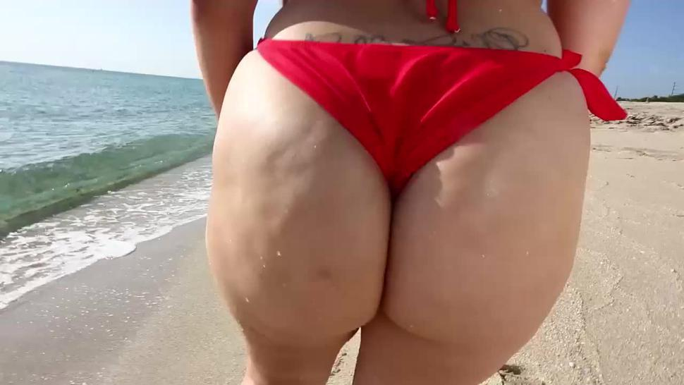 Alycia Starr - Sun's Out Buns Out