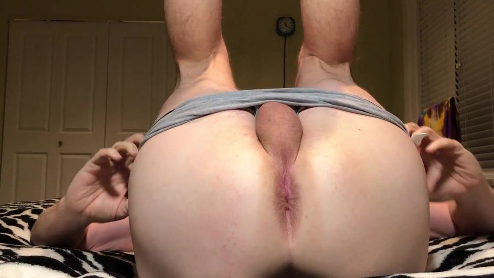 Straight man showing ASSHOLE for girls! I shaved it just for you. Girls only!! Leave comments