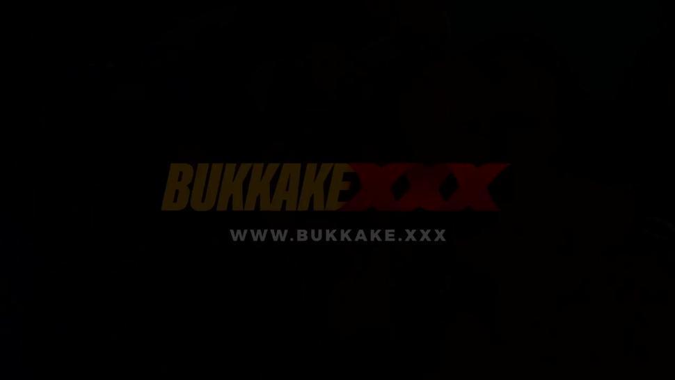 Cumshots/bukkake/victoria swallow lesbian bukkake xxx challenge