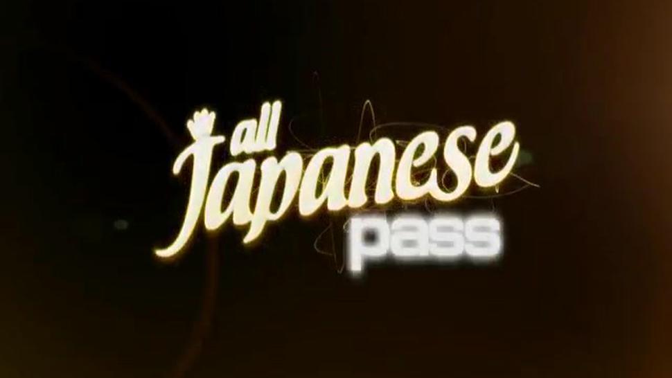 ALL JAPANESE PASS - Cute babe Kasumi Uehara fucks puss - More at hotajp com