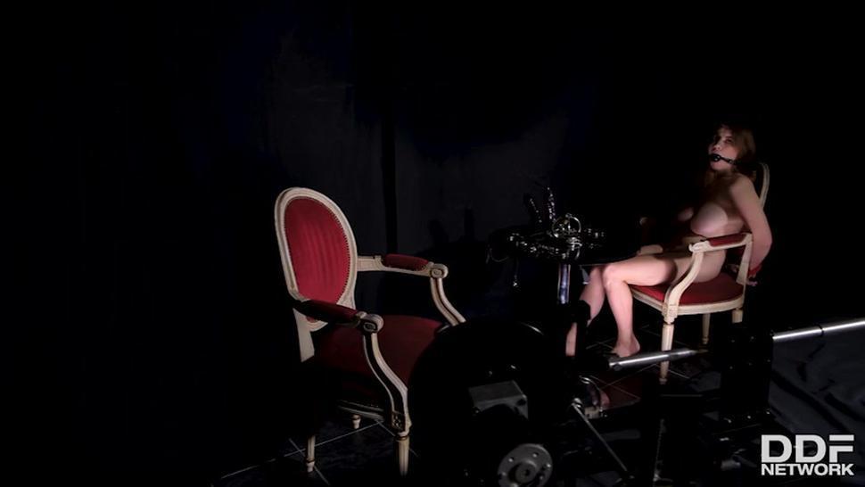 Kinky Lesbian Game - Zara Durose