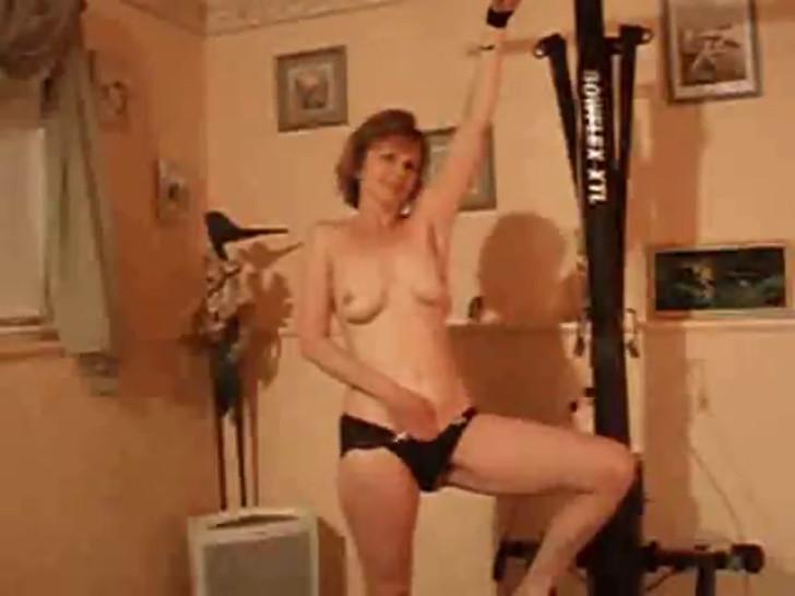 Milf Slut Tied and Jacking Off Till Orgasm