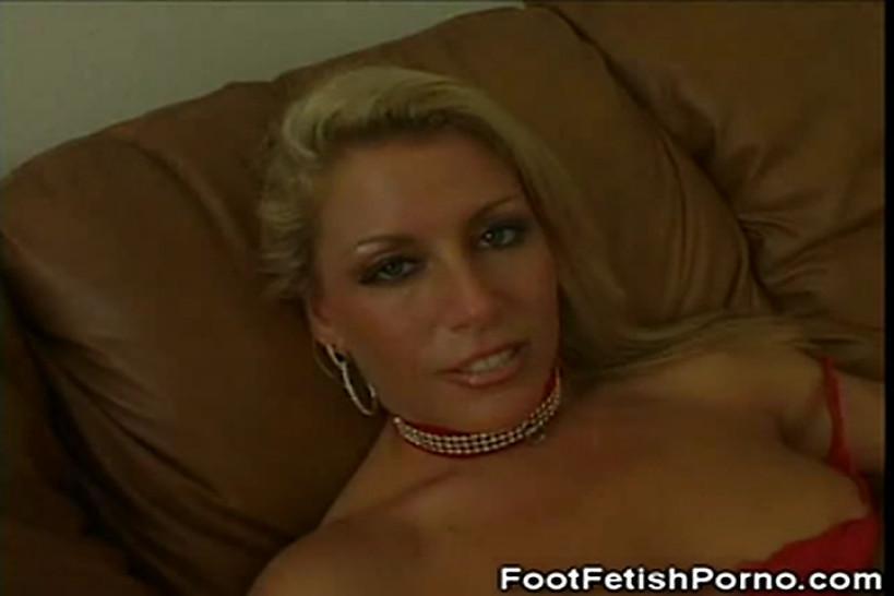 FOOT FETISH PORNO - Foot  Lovin' Chelsea Zinn
