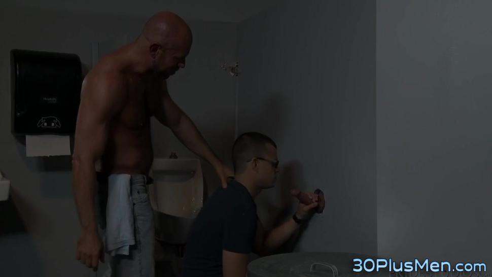 Horny gay stud pounding ass