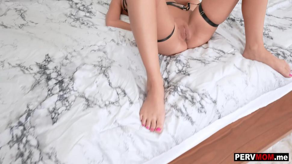 Found my submissive stepmom Jordan Maxx in bondage and got to do whatever