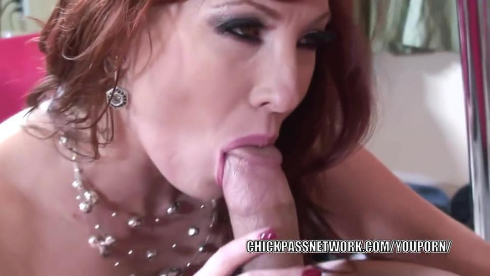 Busty mother Brittany OConnell fucks a dude she just met