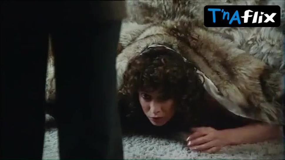 Manouk Van Der Meulen Breasts Scene  in Moord In Extase