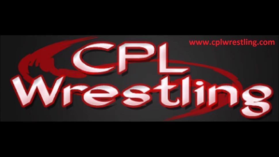Arianne VS Bella - oil wrestling