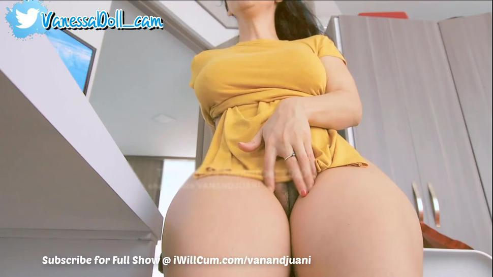 Big Titty Indian Auntie Cumming Her Fat Pussy Lips