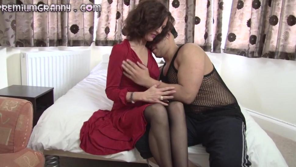 Petite Mature Beauty Sits Her Pussy On An Big Cock - Sexy Naty