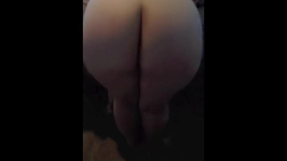PAWG gf with round ass takes it doggy style 3