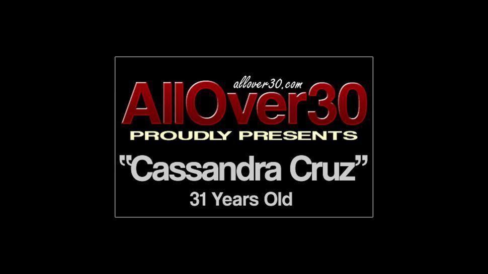 Footsie Lady In Solo Action - Cassandra Cruz