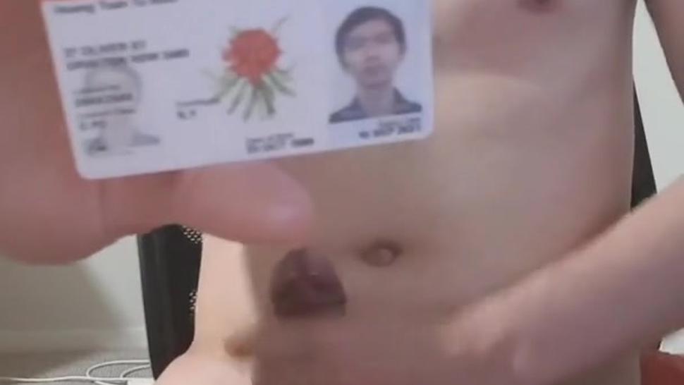 Asian gay Vietnam jerk off and exposed