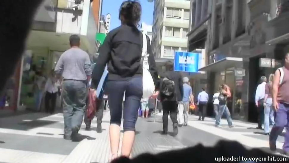 Street candid video of a fitty walking ass and pussy in tight jean shorts