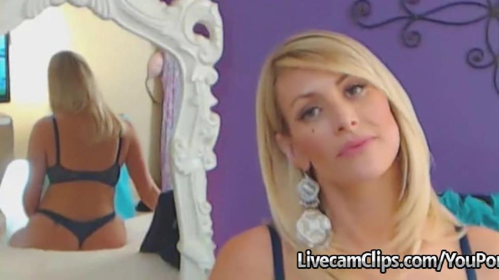 Amazing Blonde Babe'S Big Boobs Hot Live Cam Show!