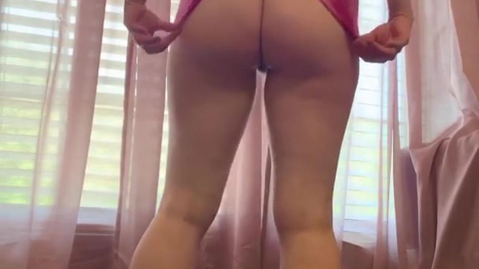 bare ass college pawg teasing my_virgin_holes
