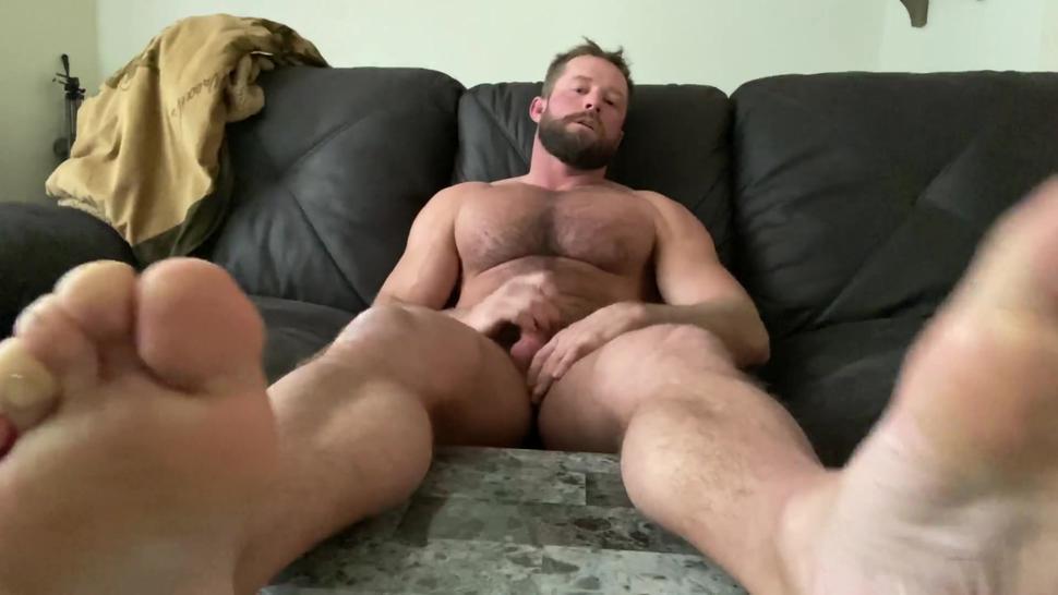hairy muscle countryboy wank