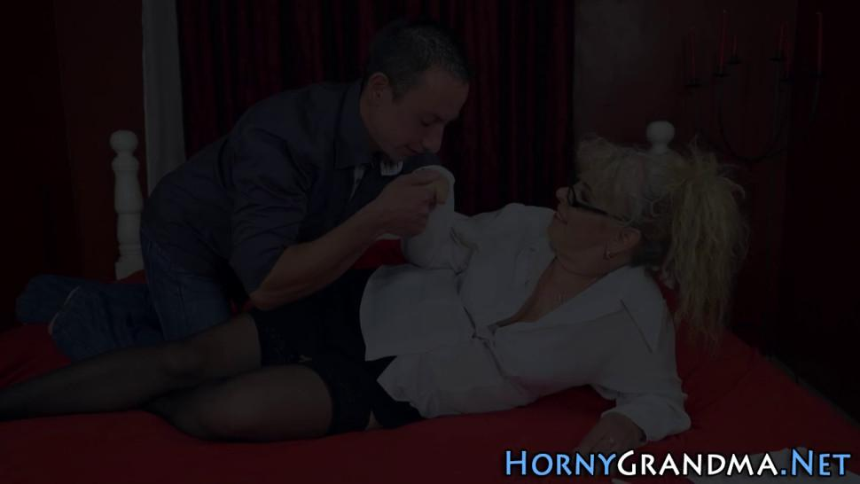 Gran in stockings rides and sucks for facial