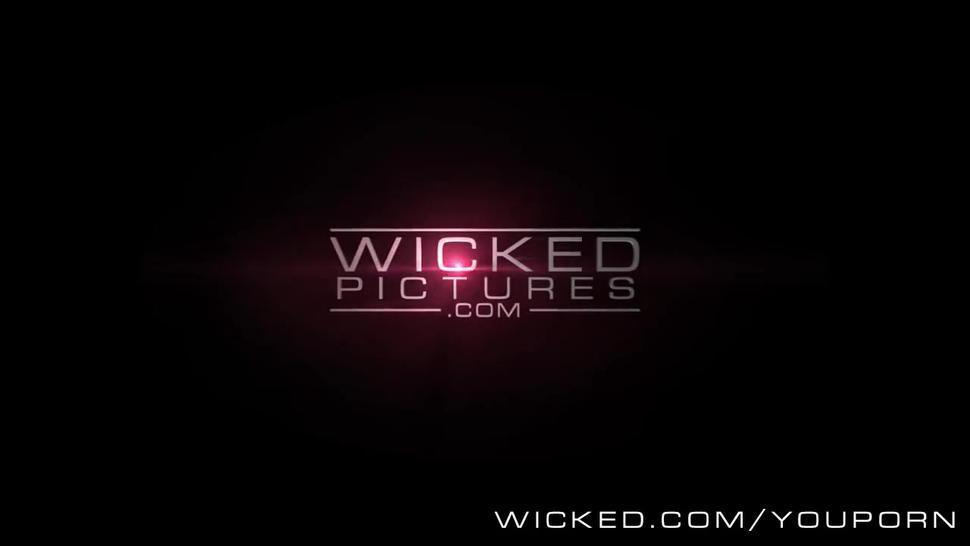 Wicked - Dirty milf Stormy Daniels loves cum