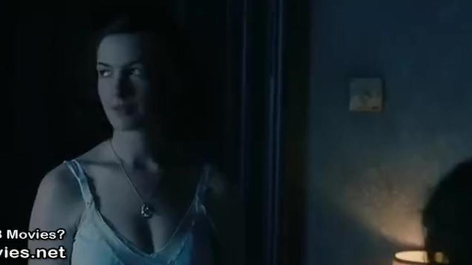 Anne Hathaway Sex Scenes in One Day