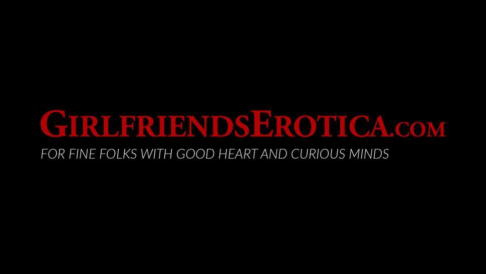 GIRLFRIENDS EROTICA - Big tits blonde Kit Mercer eating lesbian pussy in sixtynine