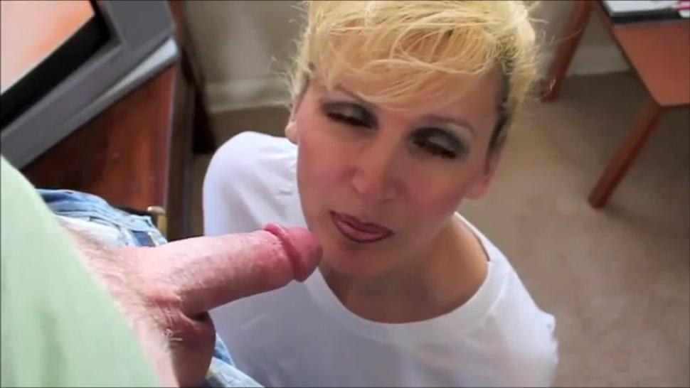 Super hot milf sucking big dick and swallow cum
