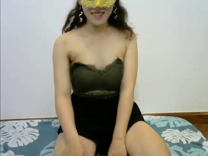 GirlChina_Cute trying to be less shy, May 18, 2020