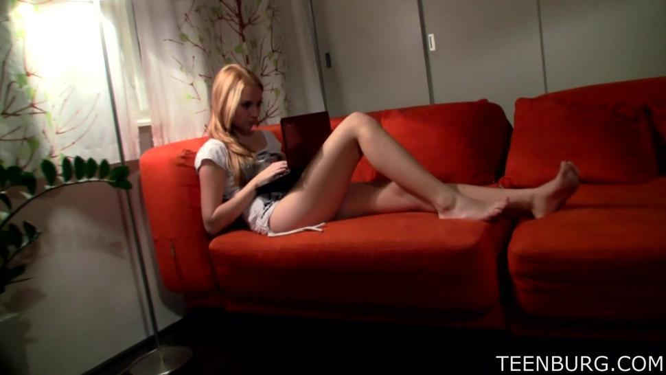 Romance On Red Sofa - Jessica Neight