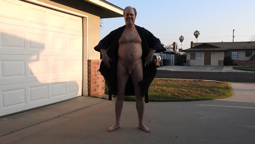 A robed daddy, opens his robe, exposes his penis and pees in front of the neighbors. Chancey!!!