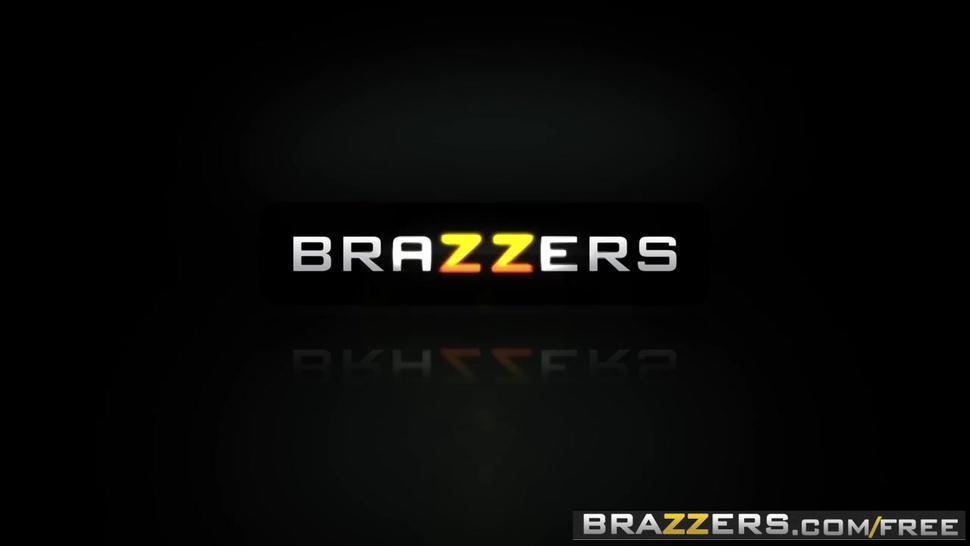 Brazzers   Mommy Got Tits   Ariella Ferrera Jordi El Nino Polla   Trailer Preview
