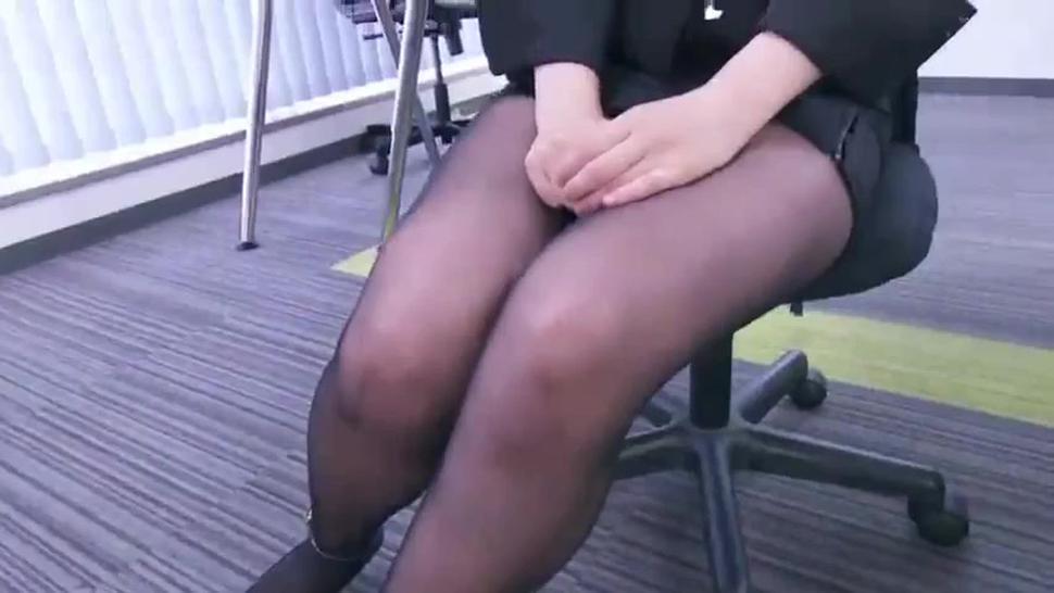 japanese office girls