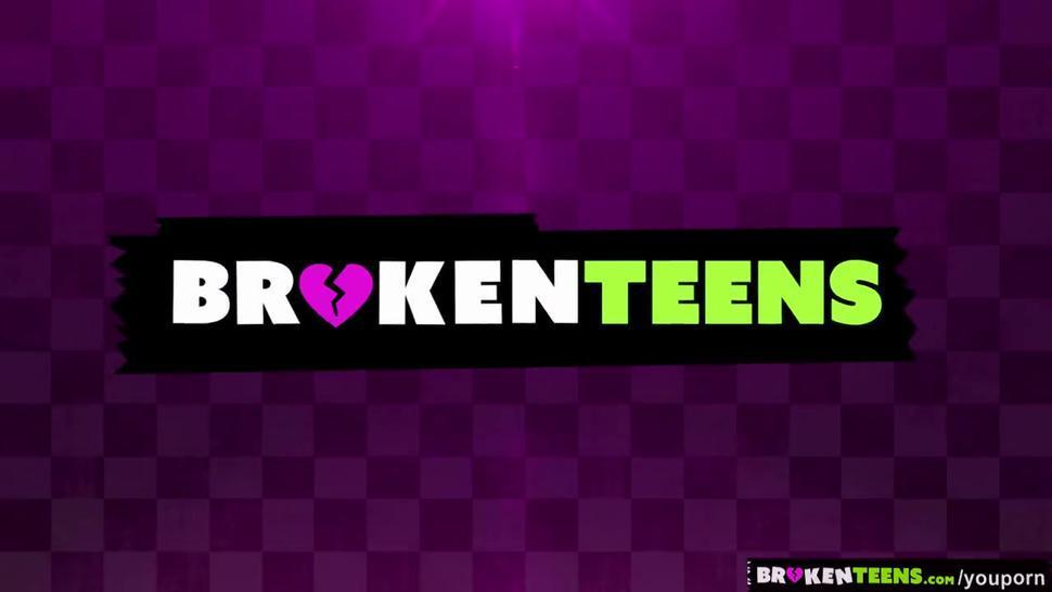 BrokenTeens - Jaelyn Fox s Surprise Porn Audition