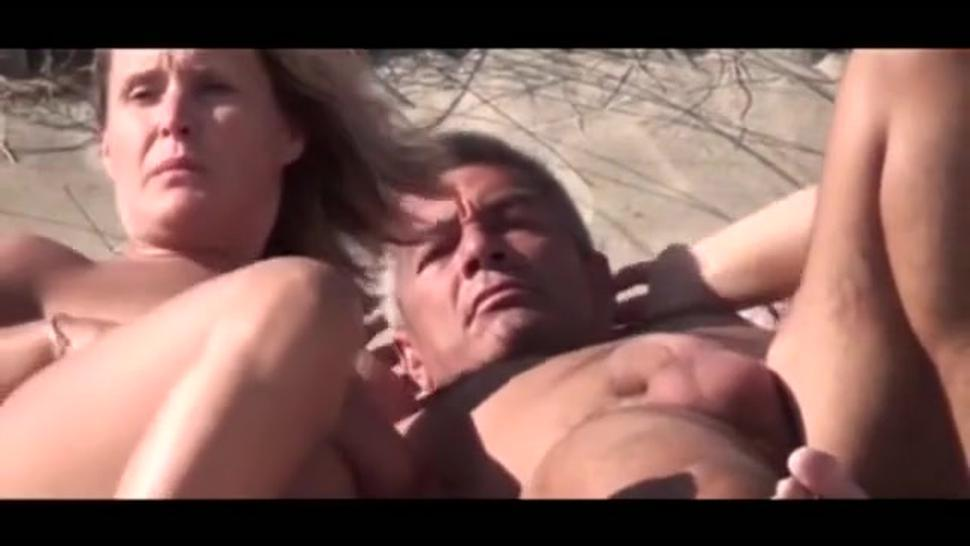 Amazing Threesome Milf With 2 Guys At Beach Hidden Cam