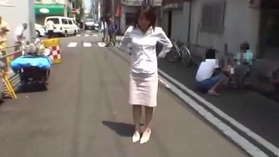 Japanese woman strips naked on street full of men - shy ENF CMNF