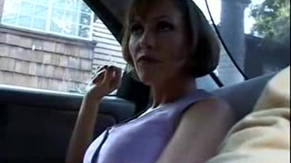Saskia House Wife - Saskia Steele