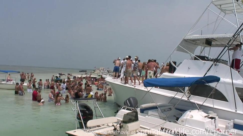 Holiday Boat Bash