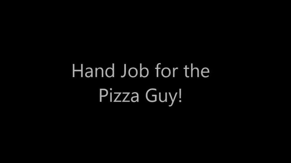 Slutty client pleased pizza delivery guy with handjob