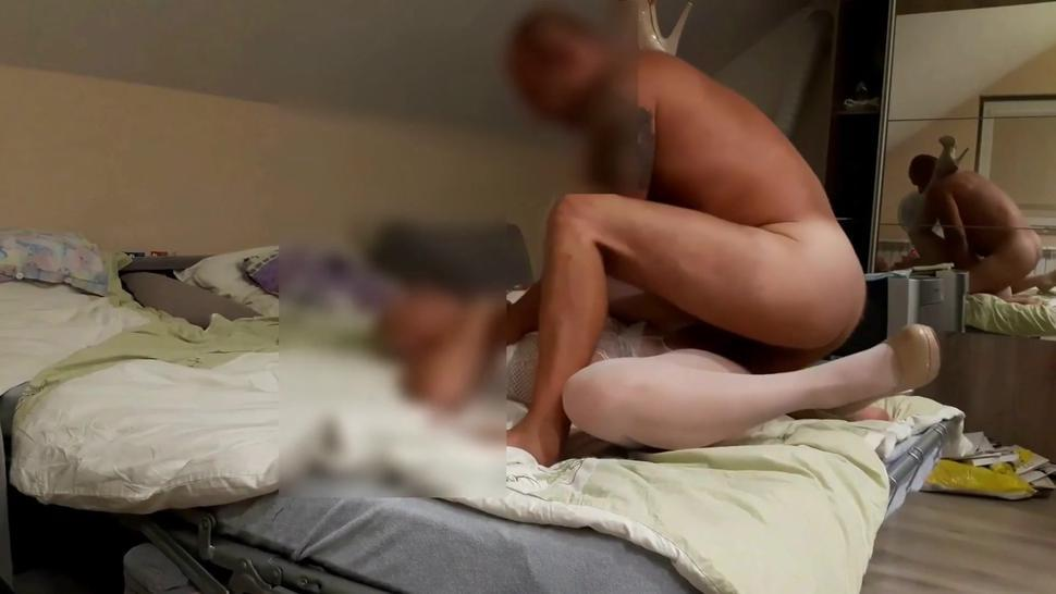 Bride screw in pantyhouse and high heels Full HD part 2