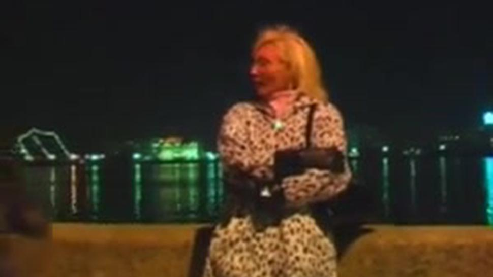 Russian Blonde Milf Sexual Lessons To Young Dude