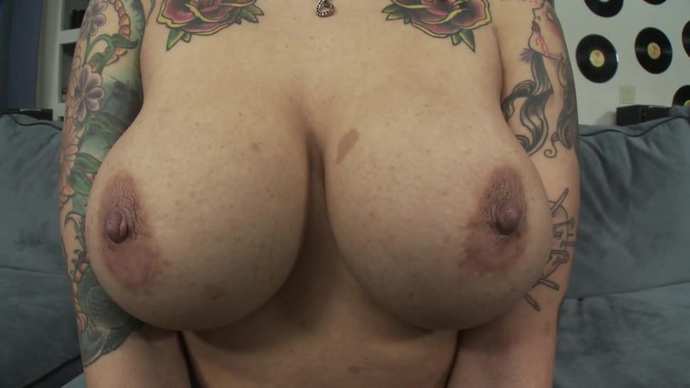 Big Tits Are Cool #3 ( Bella Vendetta )