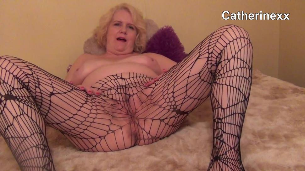 Mature Woman Fishnet Farts